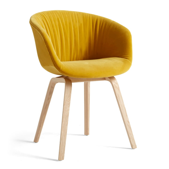 About A Chair AAC 23 Soft von Hay in der Variante Eiche matt lackiert / Vollpolster Lola gelb