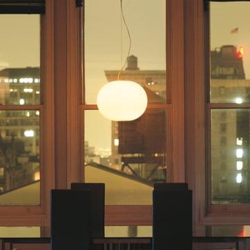 Jasper Morrison mit der Glo-Ball Leuchte