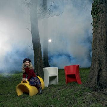 Trioli Kinderstuhl und Wippe von Magis