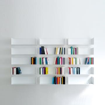 Bücherwand aus linea1 a Bücher- und DVD-Regalen