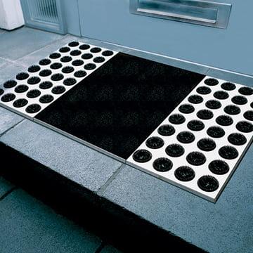 Saubere Sohlen mit der Radius Design Feet-back II Fussmatte in Schwarz