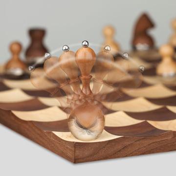 Schwingende Wobble-Schachfigur