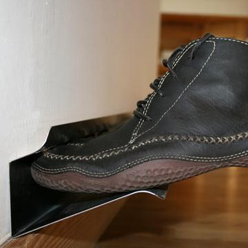 Horizontales Schuh - Regal