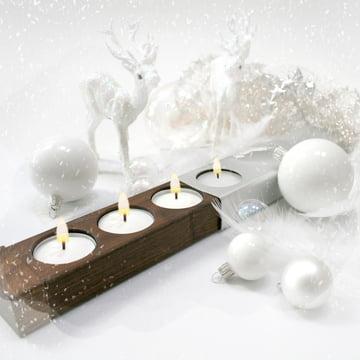 Eins...Zwei...Drei...Vier Kerzenhalter, Ambiente