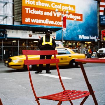 Bistro Stuhl auf dem Time Square