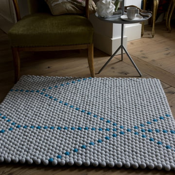 Der Hay - S&B Dot Carpet in big blue