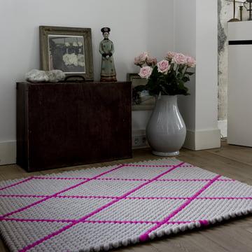 Der Hay - S&B Dot Carpet in hot pink