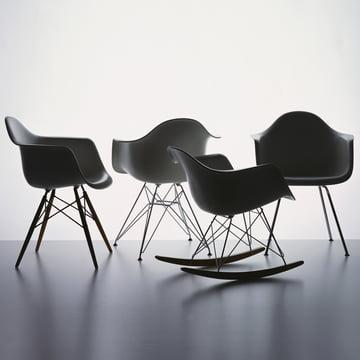 Vitra - Eames Plastic Armchair, basalt - Gruppe