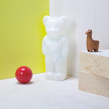 Authentics - Lumibär, Situation weiss