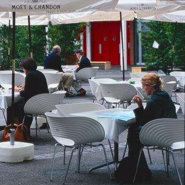 Vitra - Tom Vac, Ambientebild im Cafe