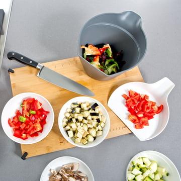 Royal VKB - Chop Organizer, weiss - mit geschnittenem Gemüse