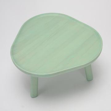 Der Karimoku New Standard - Soft Triangle Couchtisch in grün