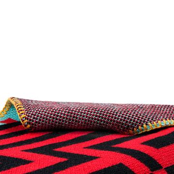 Zuzunaga - Barcelona Wolldecke, rot / schwarz - Detail