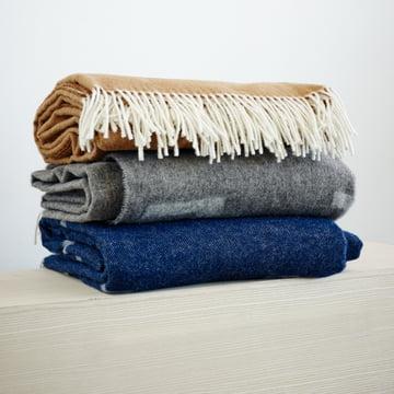 Die Iota Wolldecke in verschiedenen Farben