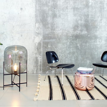 Pulpo Contaniner-Tisch mit Oda-Leuchte