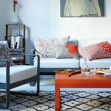 Bellevie Sofa, Sessel und niedriger Tisch