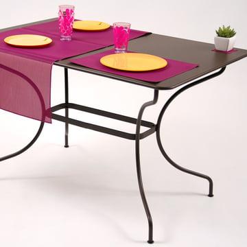 Ergänzen Sie den Fermob Tisch