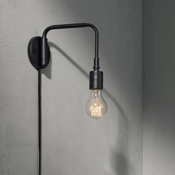 Die Staple Leuchte von Menu in schwarz