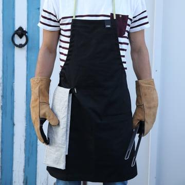 Schürze, Zange und Handschuhe von Höfats