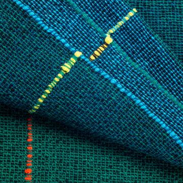 Quaternio Blue Wolldecke von Zuzunaga