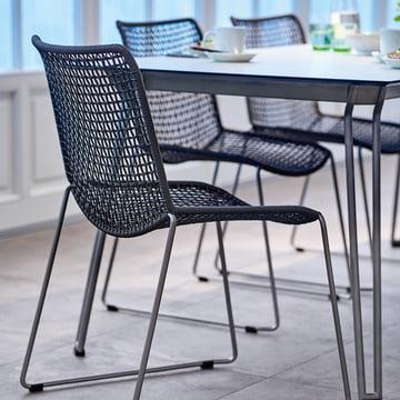 Stühle ergänzend zu den Tischen