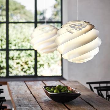 Leuchte mit wirbelndem Lampenschirm