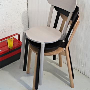 Stapelbarer Castor Chair von Karimoku New Standard