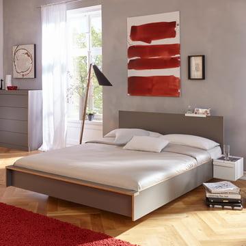 Flai Bett mit Kopfteil von Müller Möbelwerkstätten