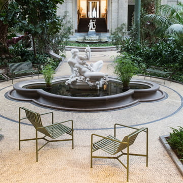 Palissade Lounge Chair, Dining Bench und Bank von Hay