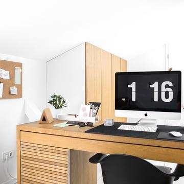 Home-Office mit Book Hook und Pinnwand