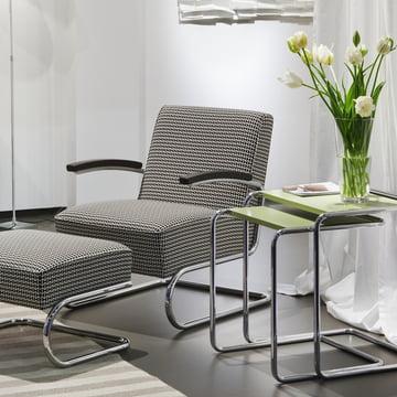 S 411 Sessel und Hocker mit B 97 Tischen von Thonet