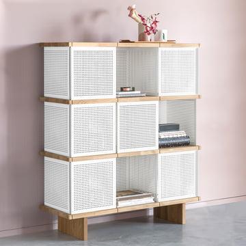 Das Konstantin Slawinski - YU Shelf 3 x 3, weiss perforiert / Eiche geölt