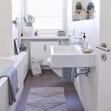 Badezimmer Deko Aus Unterschiedlichen Materialien