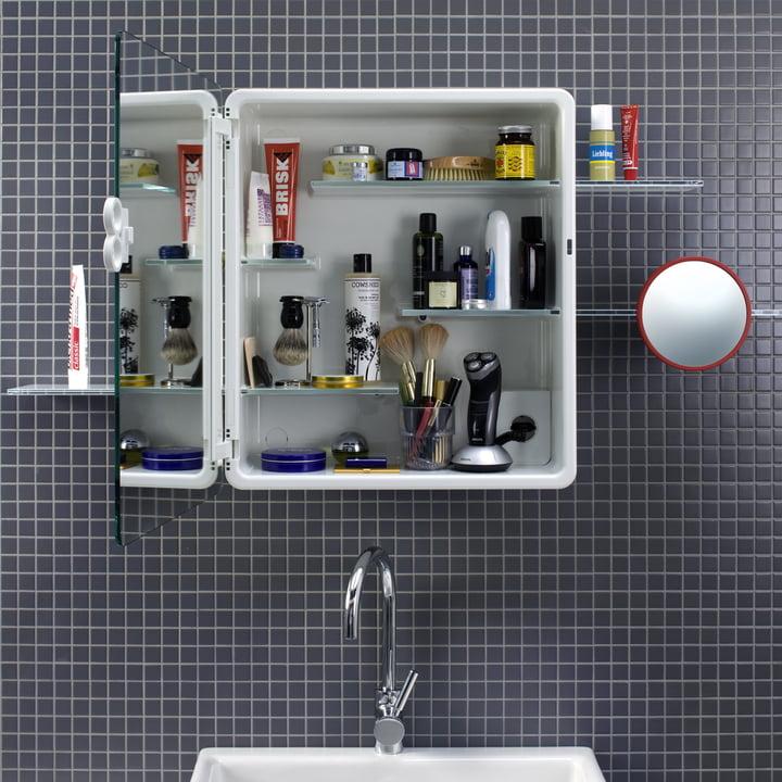 Authentics - Kali Spiegelschrank geöffnet mit maskuliner Ausstattung
