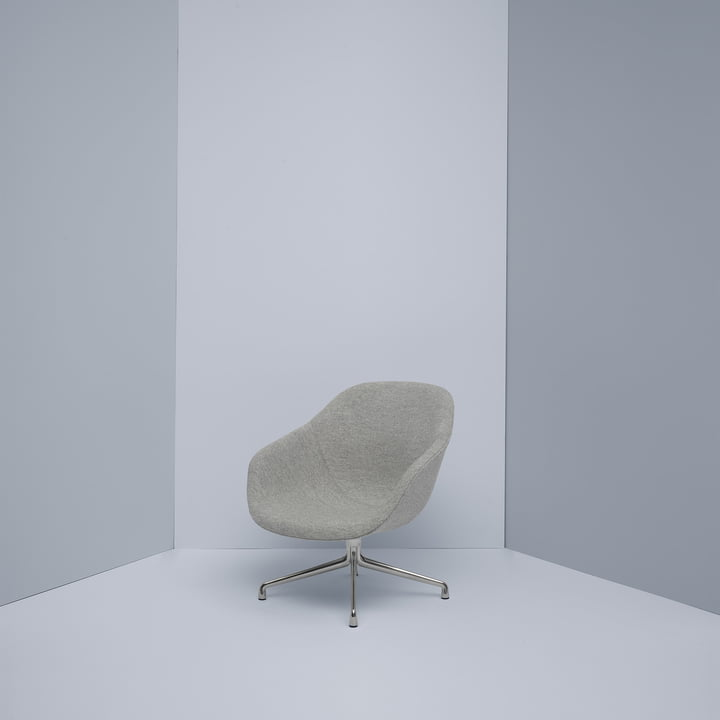 About A Lounge Chair AAL 81 von Hay