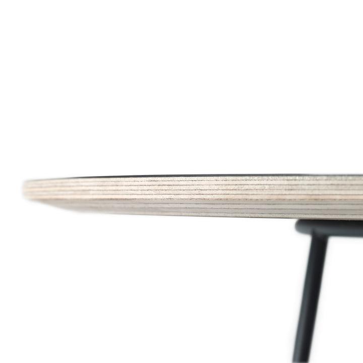 Der Airy Coffee Table in schwarz von Muuto