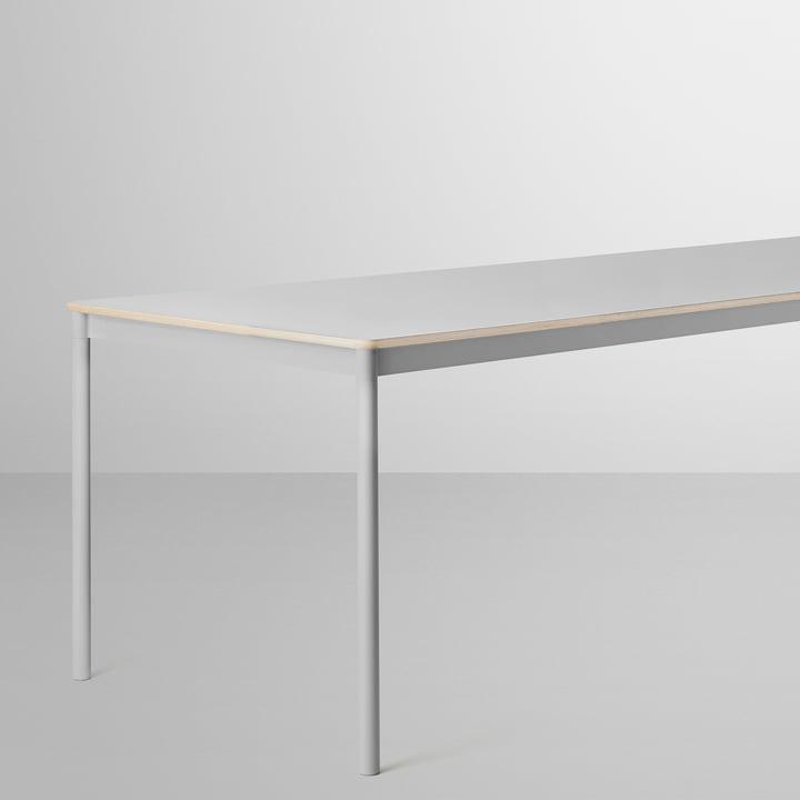 Der Base Table in grau von Muuto