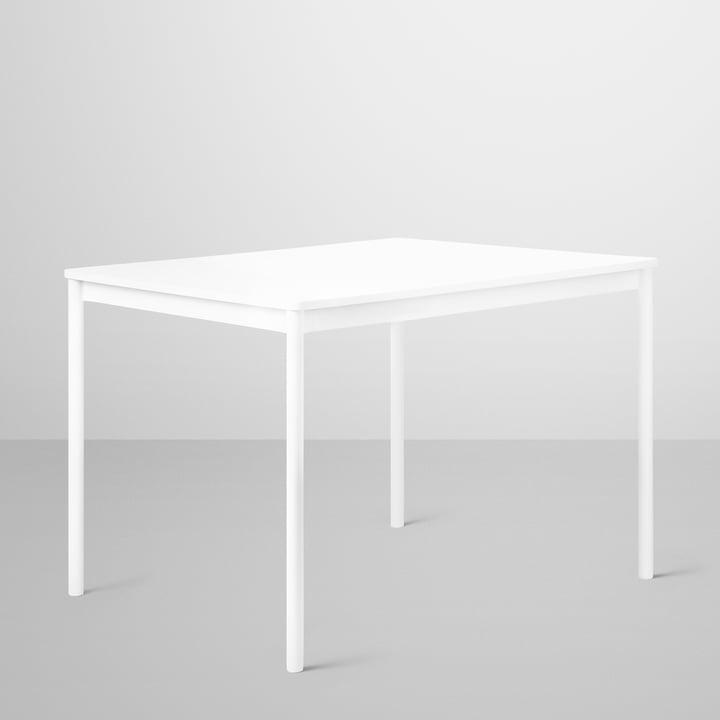 Base Table von Muuto in weiss mit Sperrholzkante