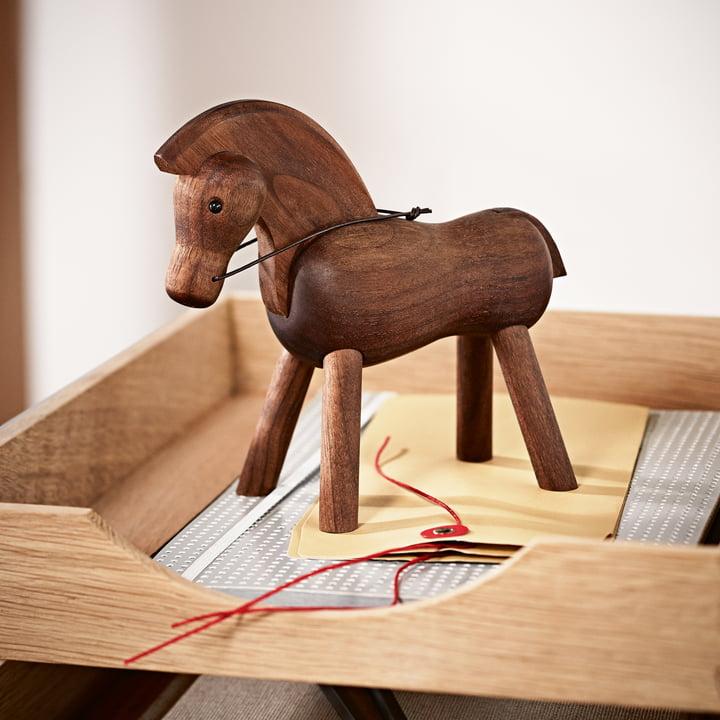 Pferd von Kay Bojesen am Arbeitsplatz