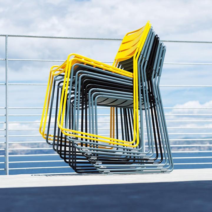 Stapelbarer Stuhl für den Aussenbereich