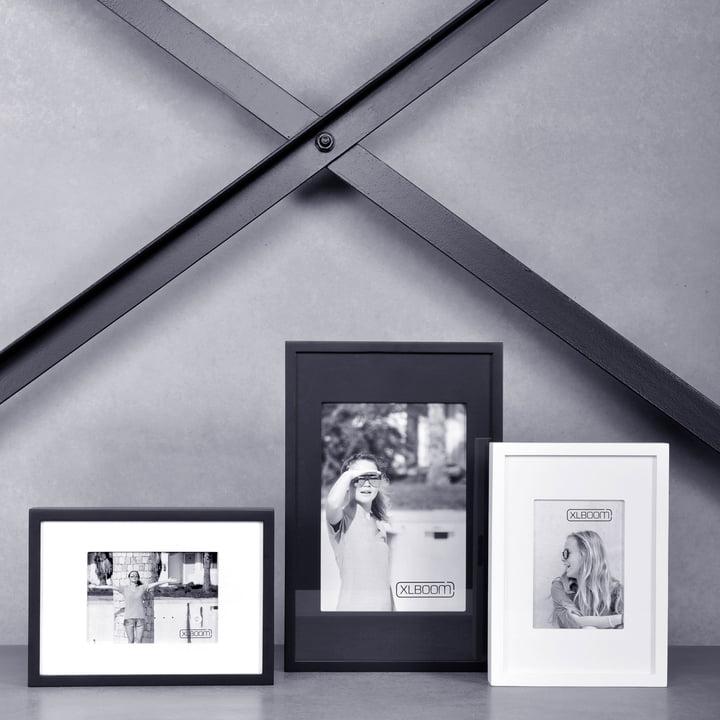 Berlin Frame von XLBoom in Schwarz und Weiss