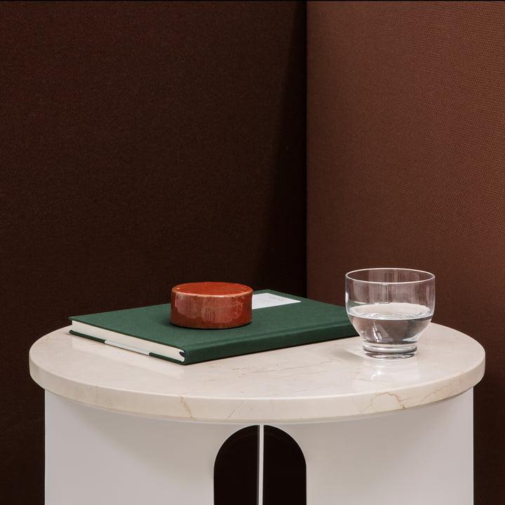 Marmorplatte androgyne tisch menu for Beistelltisch marmorplatte